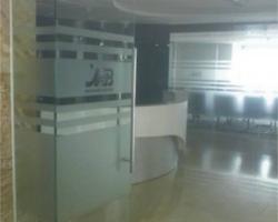Dán kính văn phòng giá cực rẻ tại Hà Nội