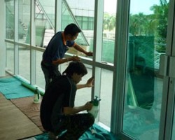 Dán phim cách nhiệt cho cửa sổ giá tốt tại Hà Nội