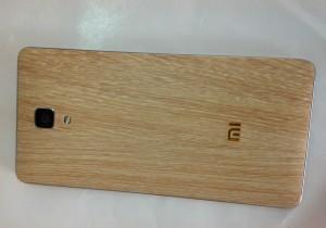 ốp điện thoại từ giấy dán kính vân gỗ