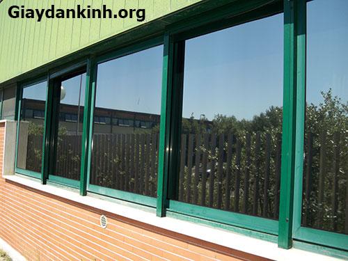 Dán kính chống nắng giải pháp cách nhiệt cho nhà kính