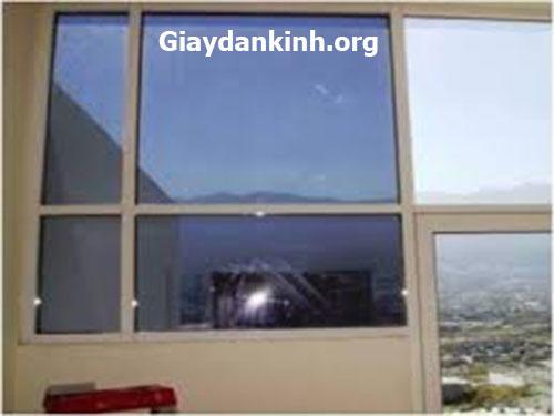 giấy dán kính gương chống nắng chống nóng cực tốt cho cửa kính