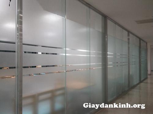 Decal mờ  dán kính cho văn phòng tại Hà Nội