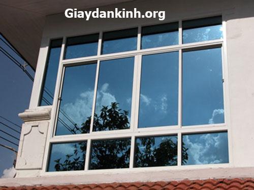 Dán Phim cách nhiệt cho cửa kính chống nắng tốt tại Nhà