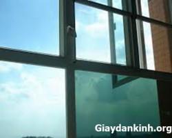 giấy dán kính chống nóng cách nhiệt cực tốt cho cửa kính